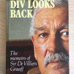 Div_Looks_Back_Graaff